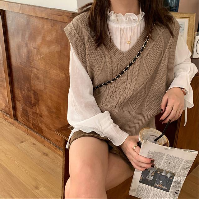 【送料無料】かわいいくすみカラー♡ ケーブル編み シンプル ニットベスト 3カラー