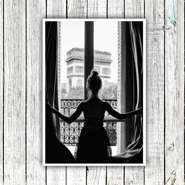 Girl in Paris Window / 【アートポスター専門店 Aroma of Paris】[SD-000685]