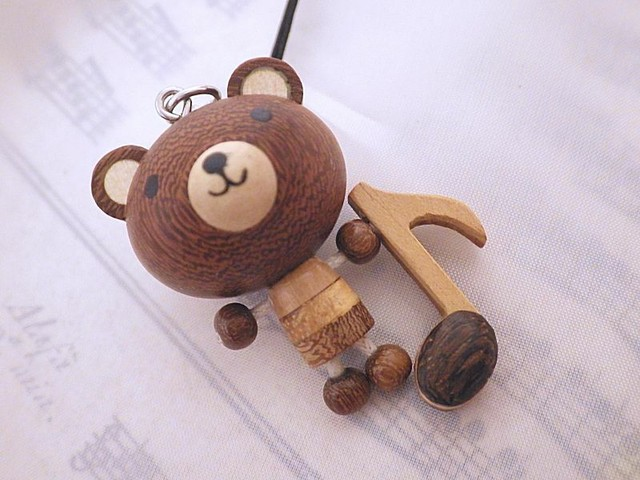 木製ストラップ くまと音符