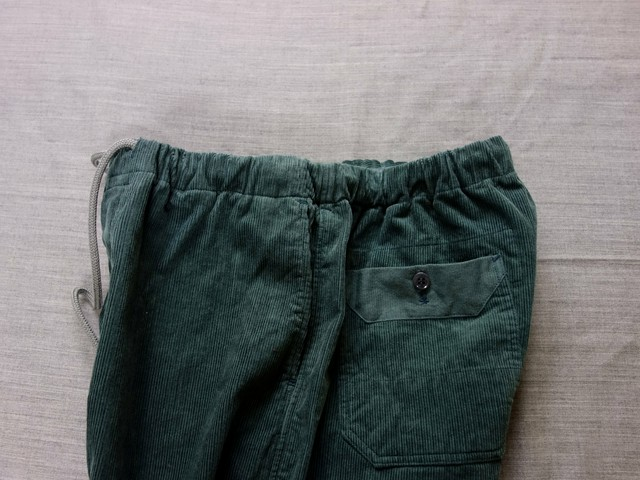 da corduroy easy pants / antique-dustmint