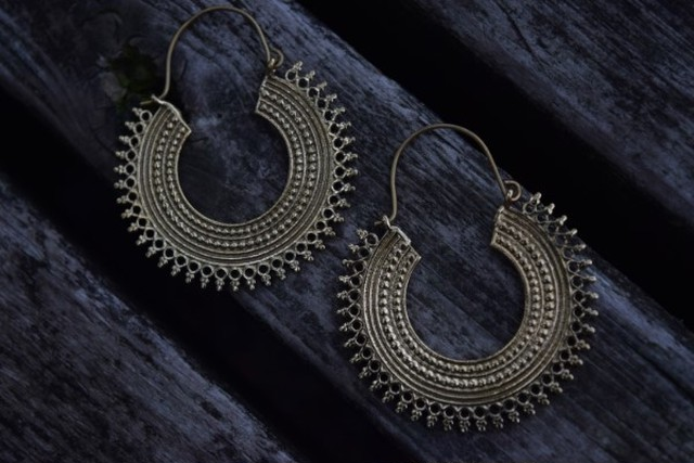 真鍮ピアス -高貴- 【India】