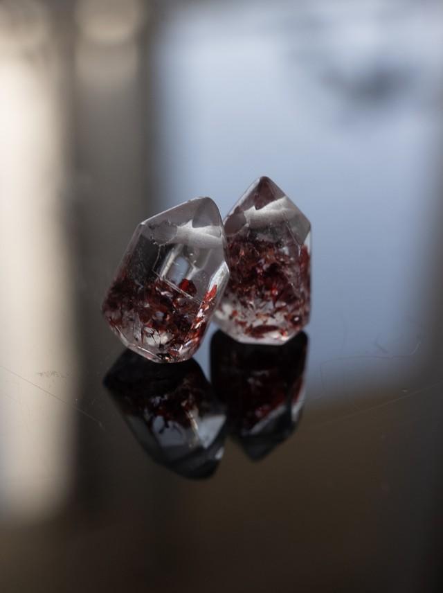 Lepidocrocite in Quartz  / Pair - 007