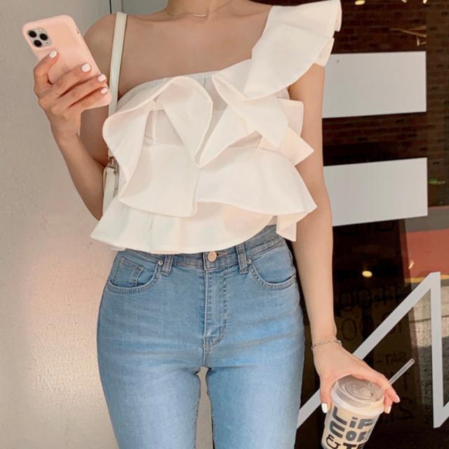 Frill Wanchorda blouse