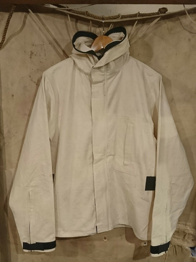 "BAA COSTUME MFG.""M.R PROTECTIVE PARKA""White Color ④"