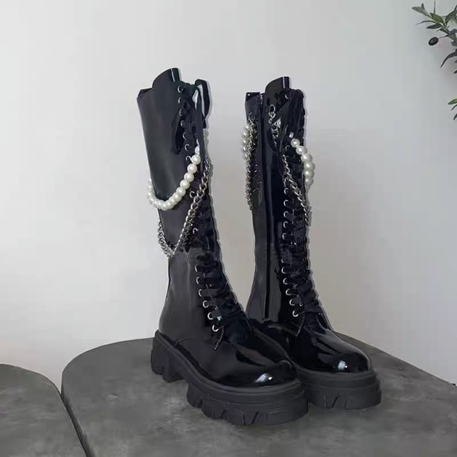pearl chain long boots