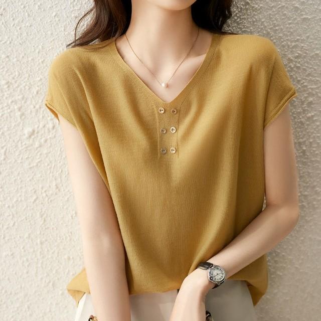 【トップス】柔らかくて優しい印象 エレガントVネックTシャツ47699509