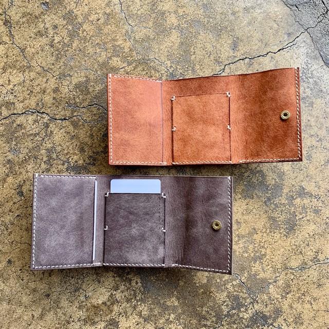 手縫いの小さいお財布