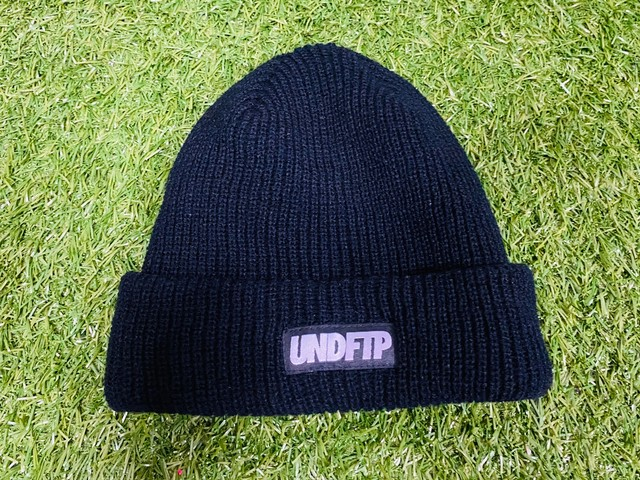 UNDEFEATED × FTP BEANIE BLACK 10JG7395