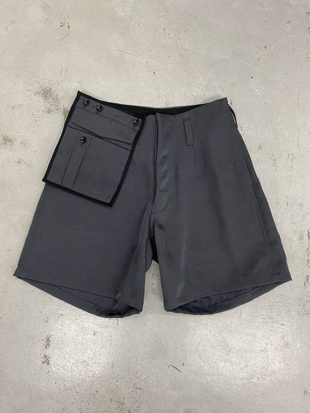 amachi. / Detachable Pocket Shorts (Gray)