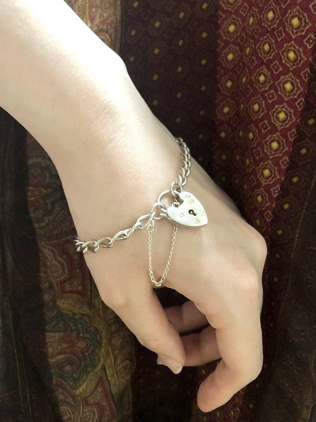 【Run Rabbit Run Vintage 】padlock bracelet 2