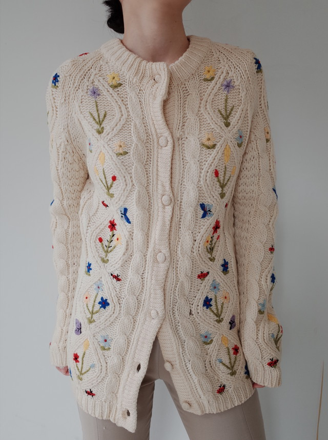 used Hand embroidery flower knit cardigan