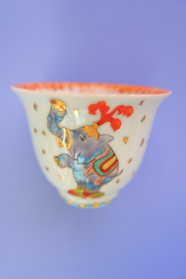 elephant circus / cup