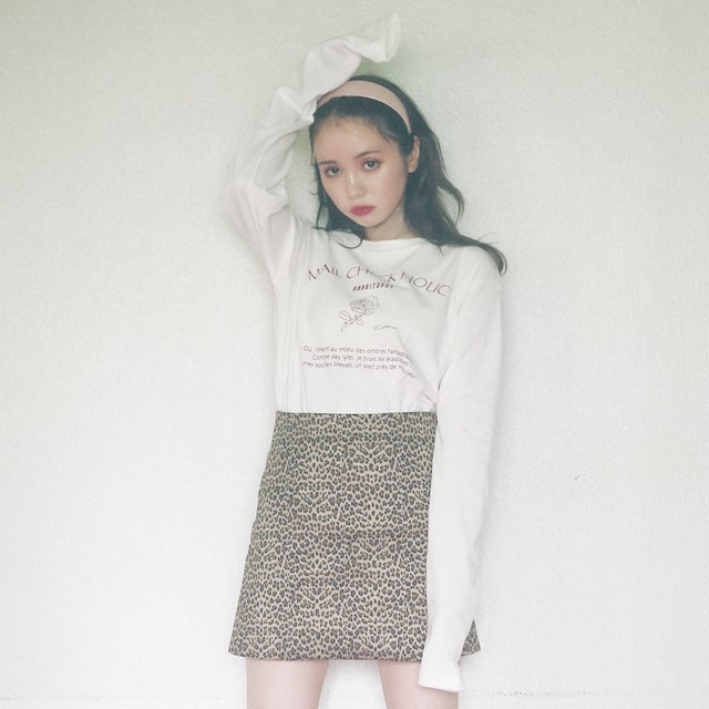 【lottie made】rose long sleeve tee (AT21F1001 A)
