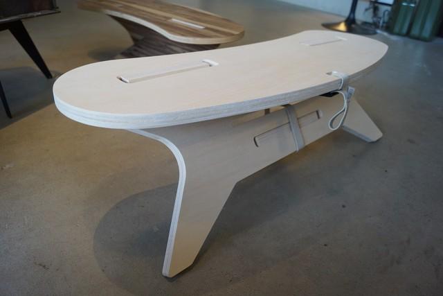 アイアン×タモ材のサイドテーブル「打ち込みタイプ」フック付 CAMPOOPARTS  キャンプ オーパーツ