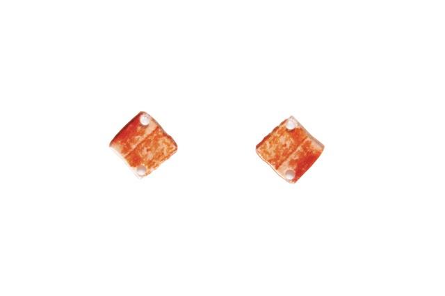 アクリルパーツ・カニカマ(2穴) / 貴和製作所 【返品・交換不可】