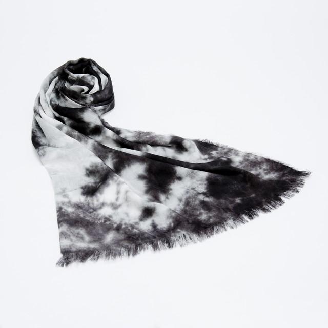 黒紋付染めストール 「黒霧 -くろきり-(Black fog)」