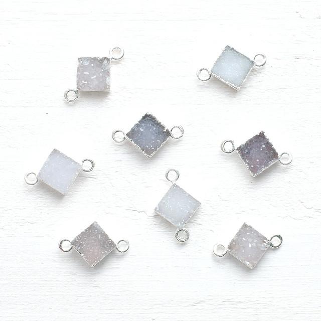 ドゥルージー2カン付8mmダイヤモンドSV(ホワイト)  1個