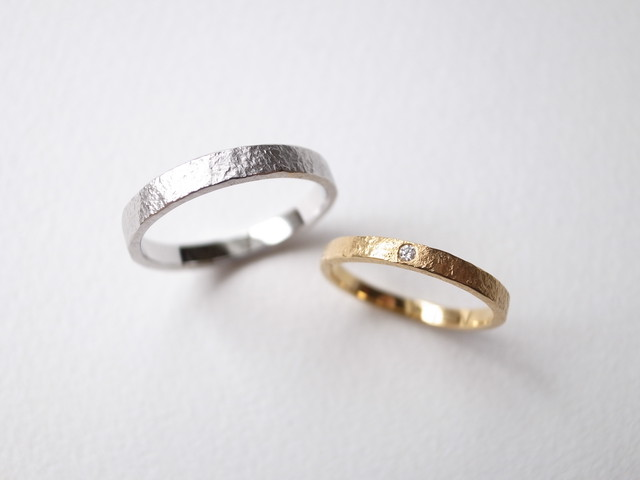 【pairing・刻印】K18YG Diamond・silver950/stone texture ring
