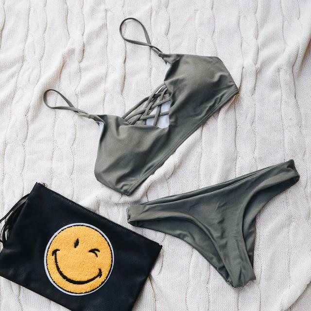 【即納】Cathy's Bikini《KHAKI》18389322