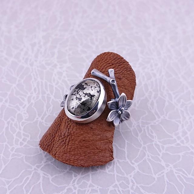 【石花の指輪】合成ブルークォーツ