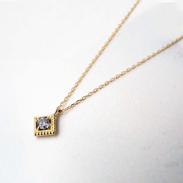 Gravity -Dignified- Gray Diamond Necklace(N202-YD)