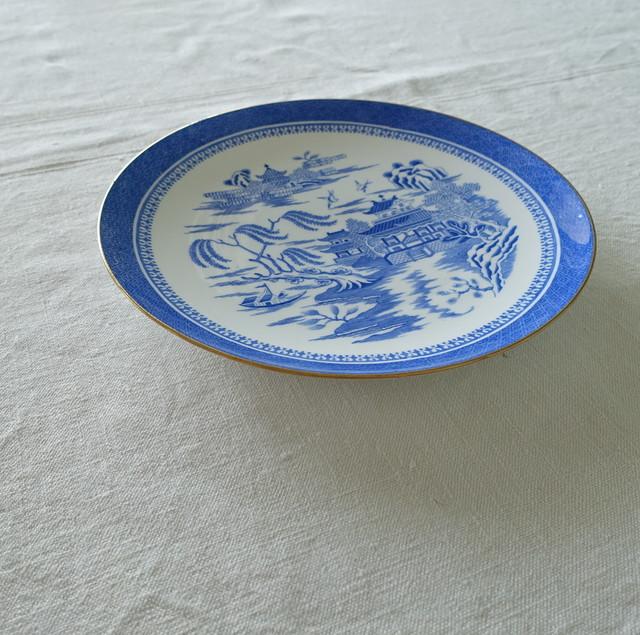 SPODEのウィロー柄な丸皿
