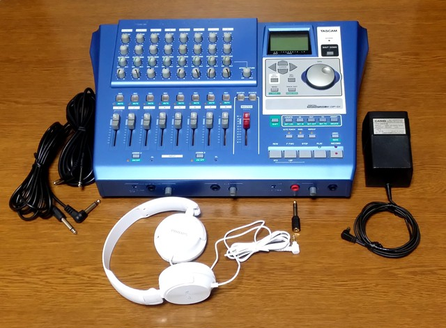 DIGITAL PORTASTUDIO TASCAM DP-01 録音・編集良好・完動品