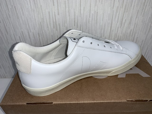 VEJA(E) ESPLAR LEATHER EXTA WHITE  20%OFF