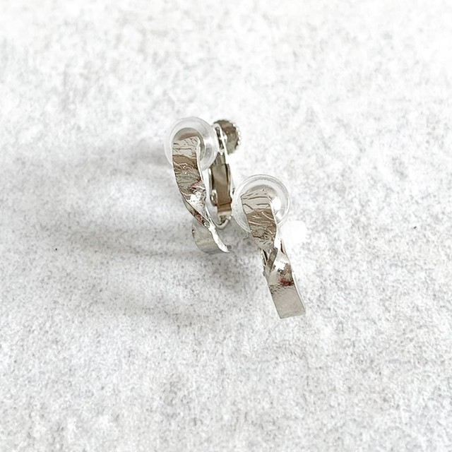 Twist texture Hoop Earrings (ねじばね式)