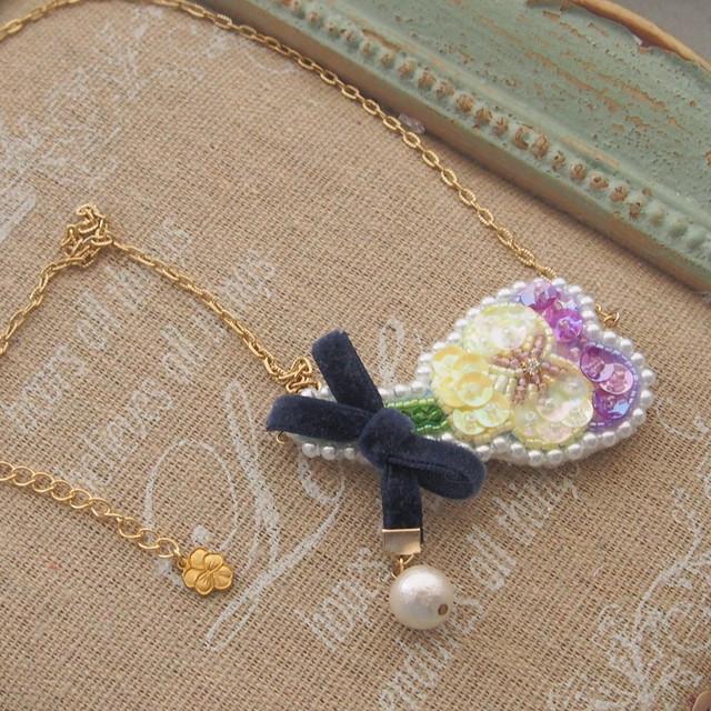 【3/31 21:00】スミレの花束ネックレス