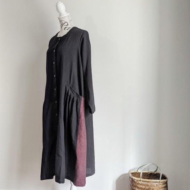 チェンマイ サイドにジョムトン手織り布を使ったタイコットンのワンピース 黒