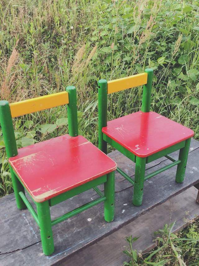 カラフル子供椅子