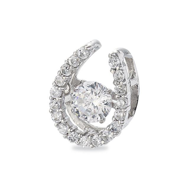 10:揺れるダイヤモンドペンダント0.2ct