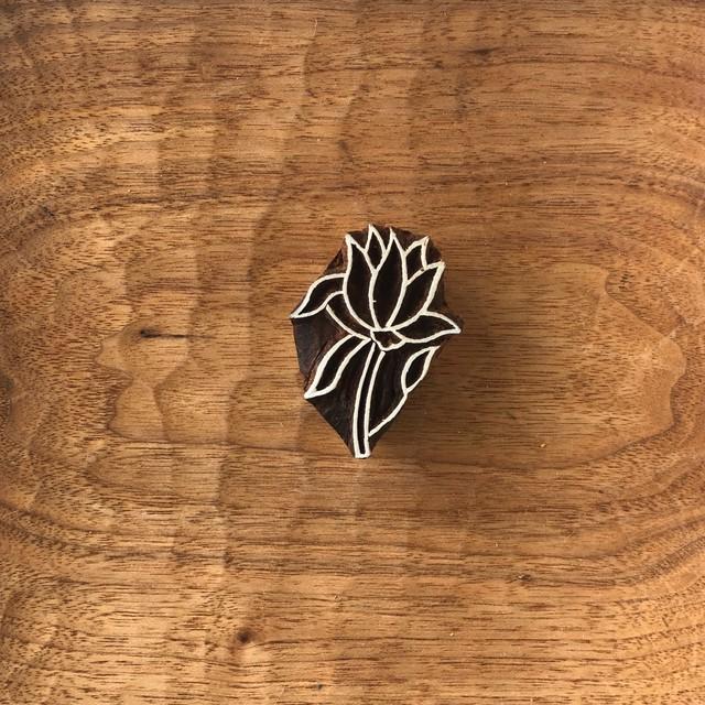 ウッドブロックスタンプ 014 花 約5×3.5cm