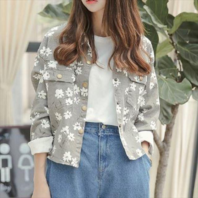 トレンド 春物 売れ筋 アウター デニムジャケット 花柄 長袖 カジュアル ゆったり フラップ付きポケット ショート丈