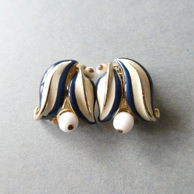 80s vintage earrings