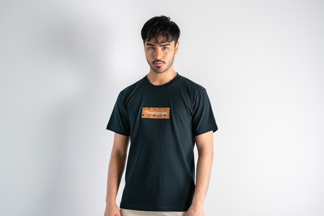 ThreeArrows Tシャツ(green × orange)