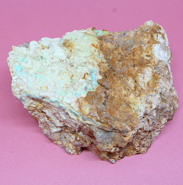 カリフォルニア産!ターコイズ トルコ石 86g TQ165 原石 鉱物 天然石 パワーストーン