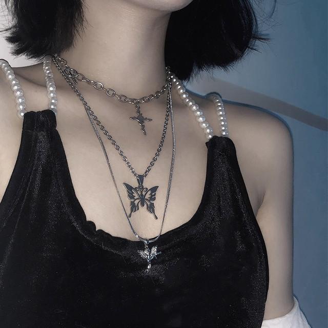 十字架+パピヨン+エンジェル装飾ネックレス