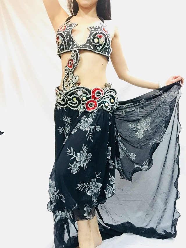 エジプト製ベルーダンス衣装 ターキッシュスタイル 黒&赤 ブラベルトスカート3点セット