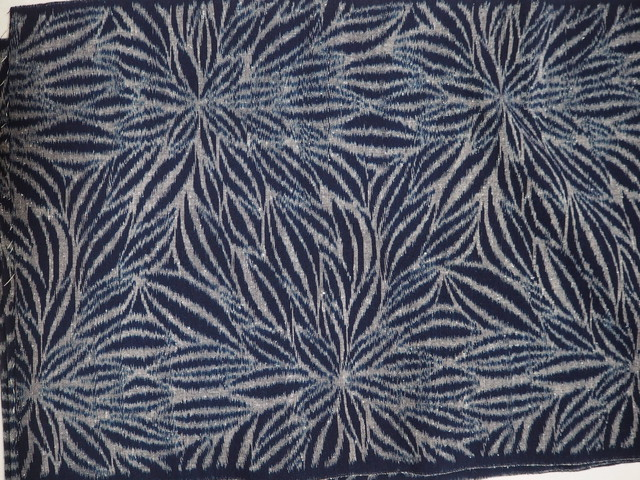 久留米絣・天然藍100% 手織り生地(ダリア) 反物