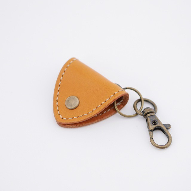 Guitarpick holder - camel -
