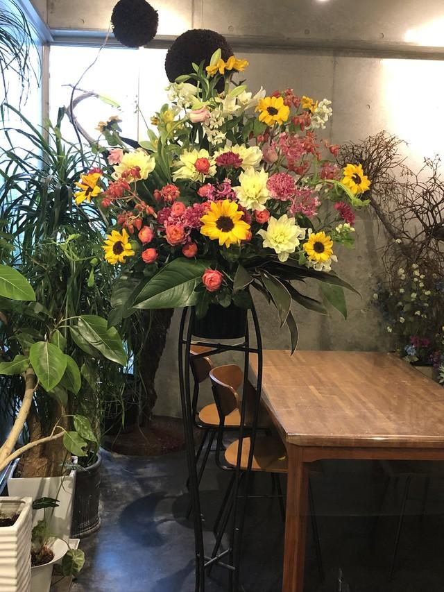 ★お祝い、お供えのスタンドのお花20000