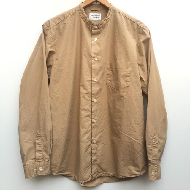 マニュアルアルファベット / バンドカラーシャツ