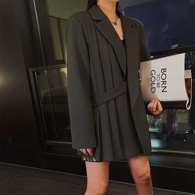 side pleats jacket