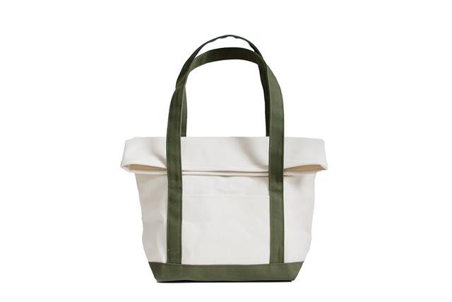 BEND TOTE BAG(キナリ×オリーブ)