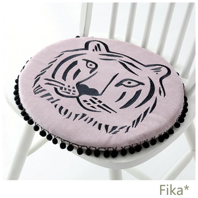 【韓国インテリア雑貨】人気!トラ 椅子クッション 座布団  ピンク フリンジ