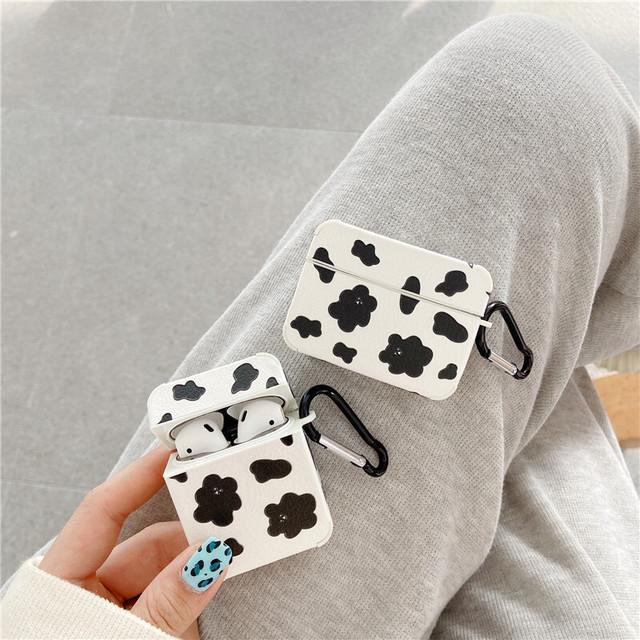 Cow bear airpods case