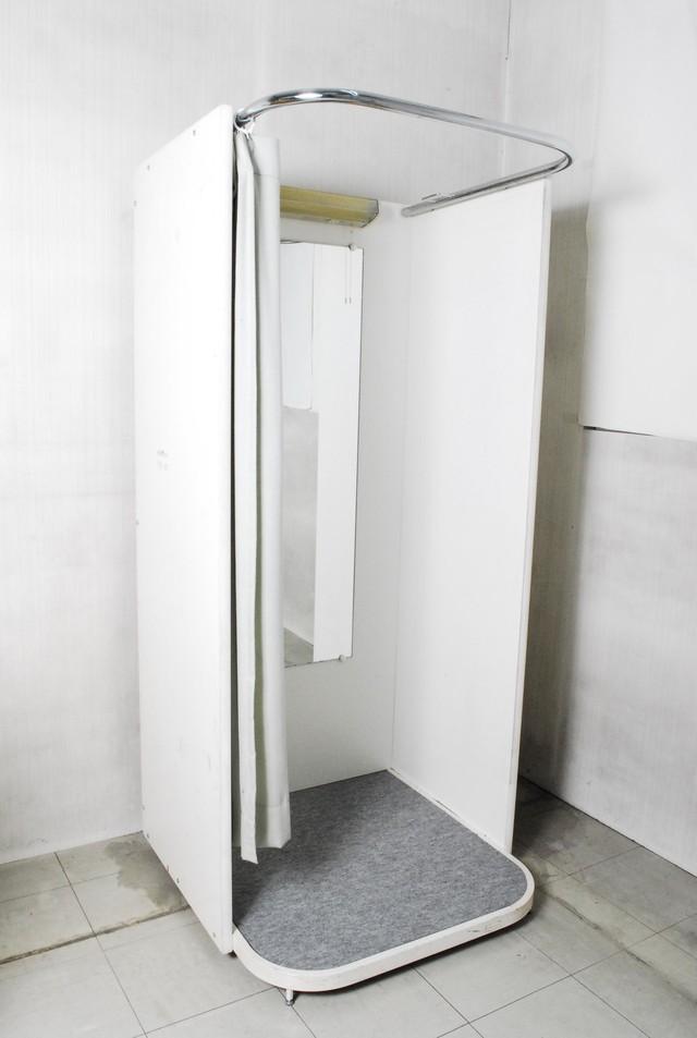 2292 試着室 フィッティングルーム 鏡 照明付 店舗用品愛知県岡崎市 直接引限定