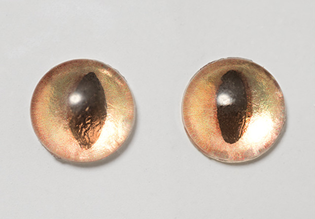 Silicone eye - 6.5mm Iris-Only Metallic Gold Cat